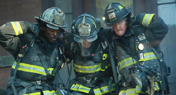Chicago-Fire-2x01