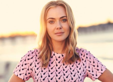 The Wrong Girl S1 Lily (Jessica Marais).