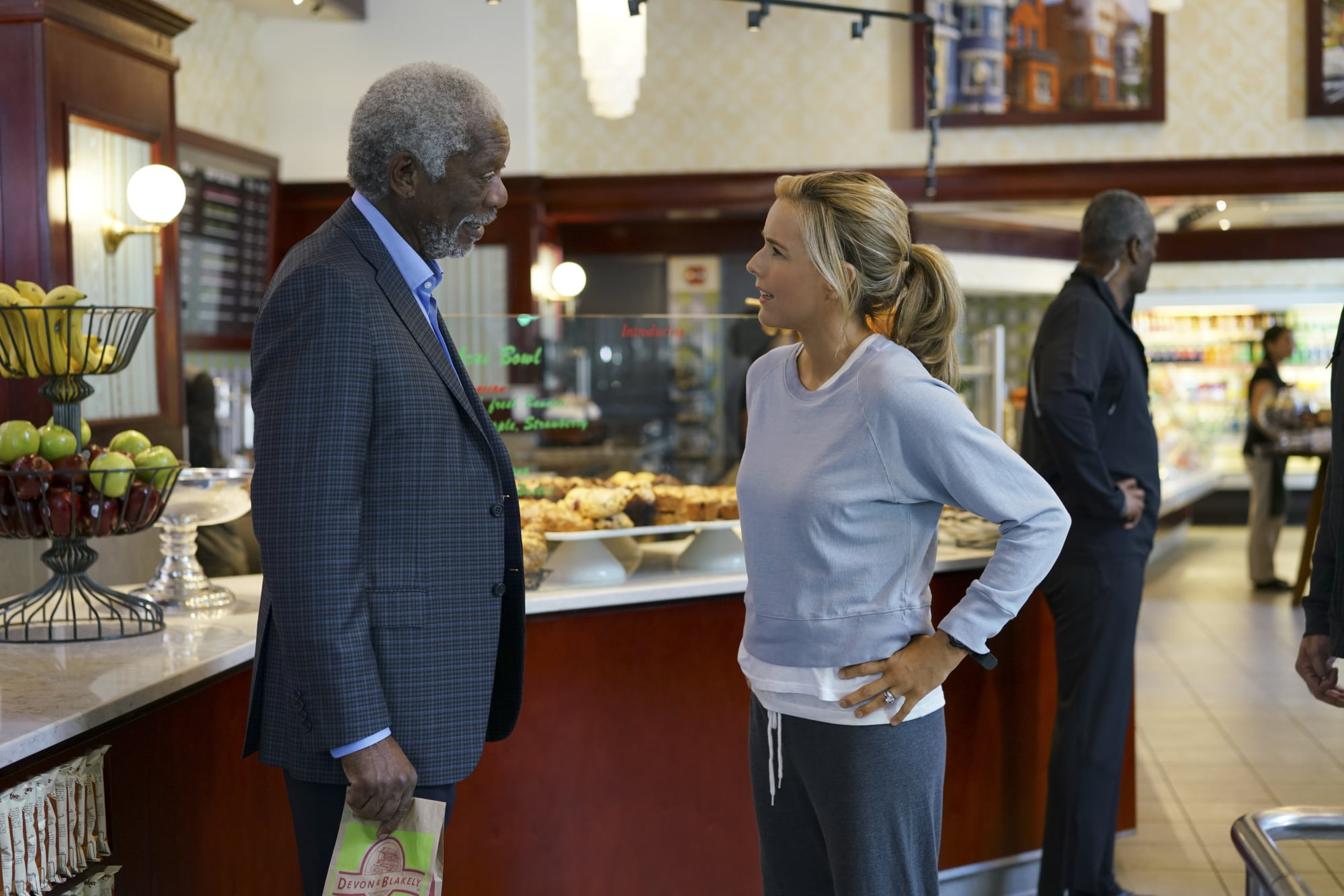 Madam secretary returns next month ryno 39 s tv for Why is bebe neuwirth leaving madam secretary